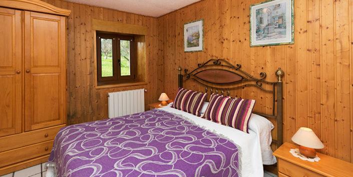 Habitación de apartamento de vacaciones en Cantabria