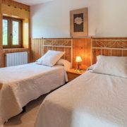 Habitación de apartamento vacaciones en Cantabria