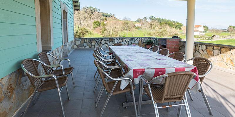 Terraza exterior de apartamento rural en Cantabria